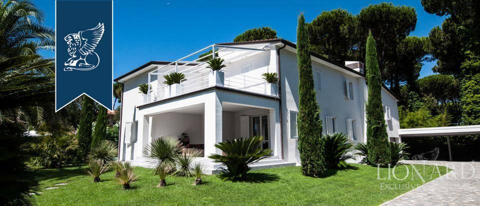 Villa in Vendita a Forte Dei Marmi: 500 mq