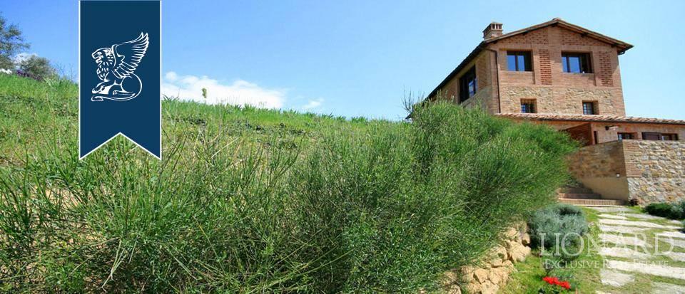 Villa in Vendita a Castelnuovo Berardenga