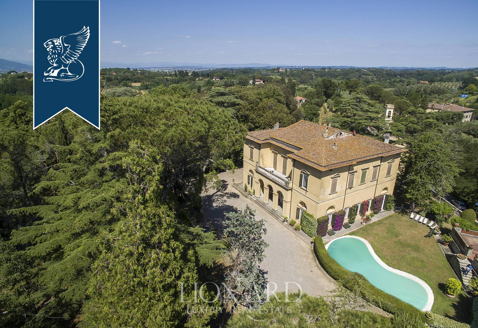 Villa in Vendita a Crespina Lorenzana: 850 mq