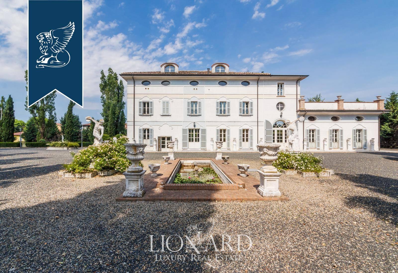 Villa in Vendita a Gattatico: 800 mq