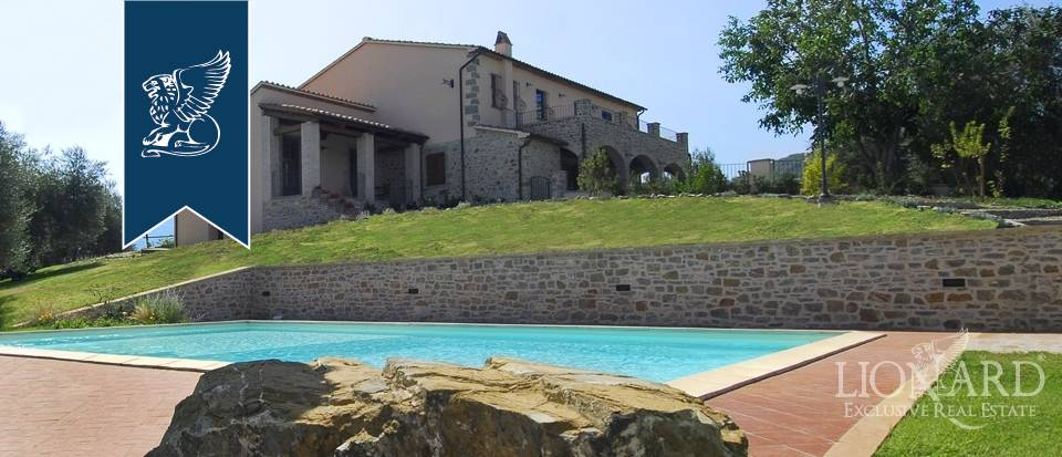 Rustico in Vendita a Castel Del Piano: 470 mq