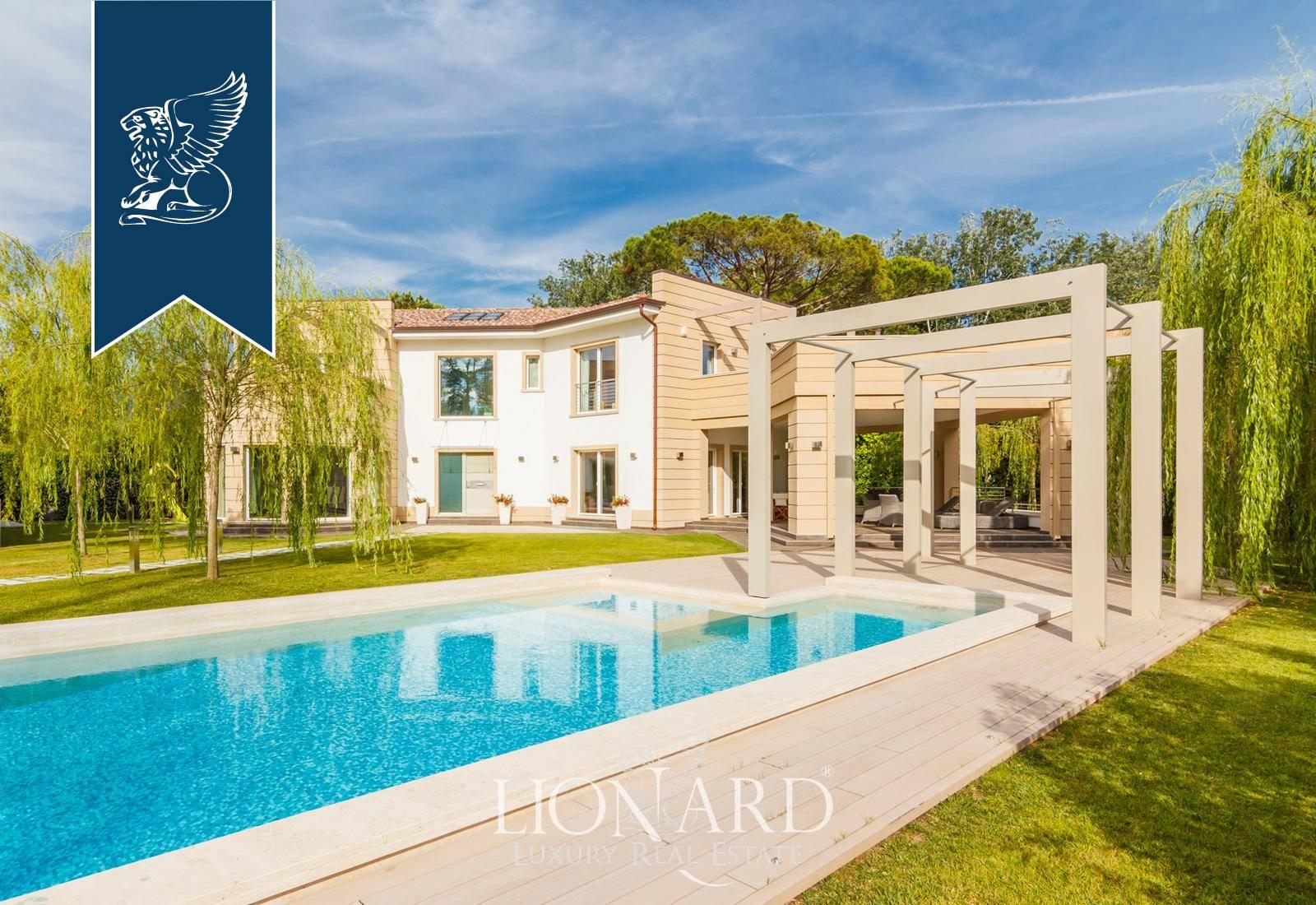 Villa in Vendita a Forte Dei Marmi: 600 mq  - Foto 1