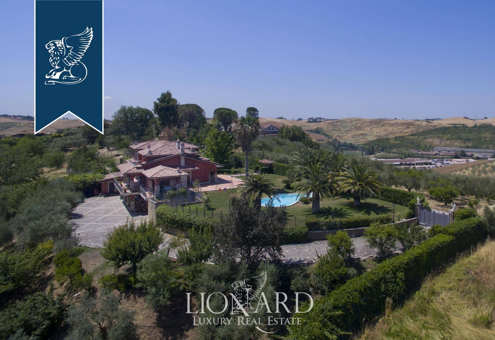 Villa in Vendita a Monterotondo: 0 locali, 530 mq - Foto 3