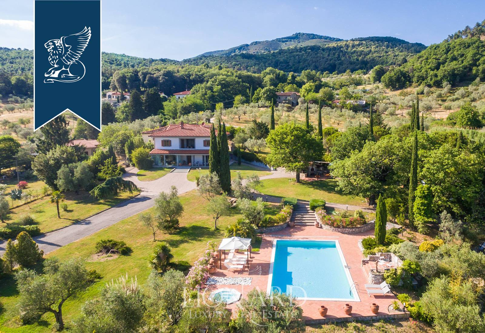 Villa in Vendita a Prato: 0 locali, 500 mq - Foto 4