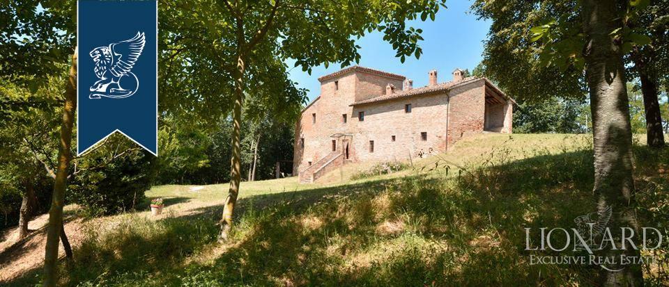 Rustico in Vendita a Urbino: 0 locali, 600 mq - Foto 2