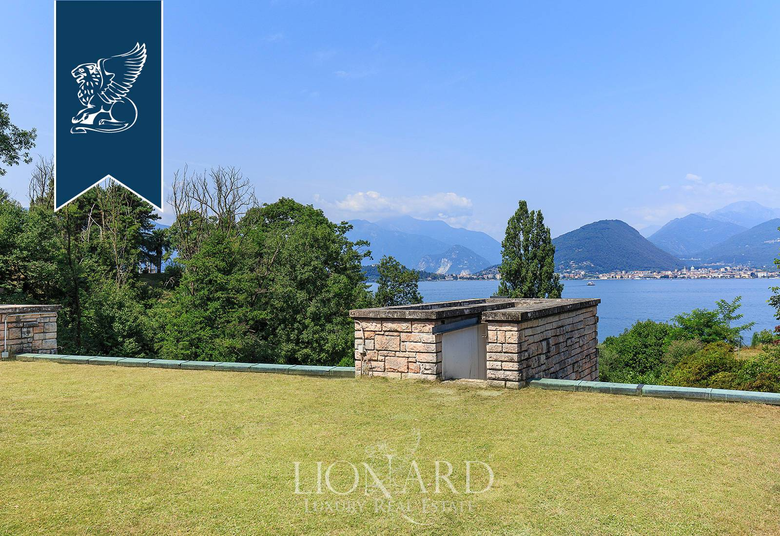 Villa in Vendita a Laveno-Mombello: 0 locali, 500 mq - Foto 8