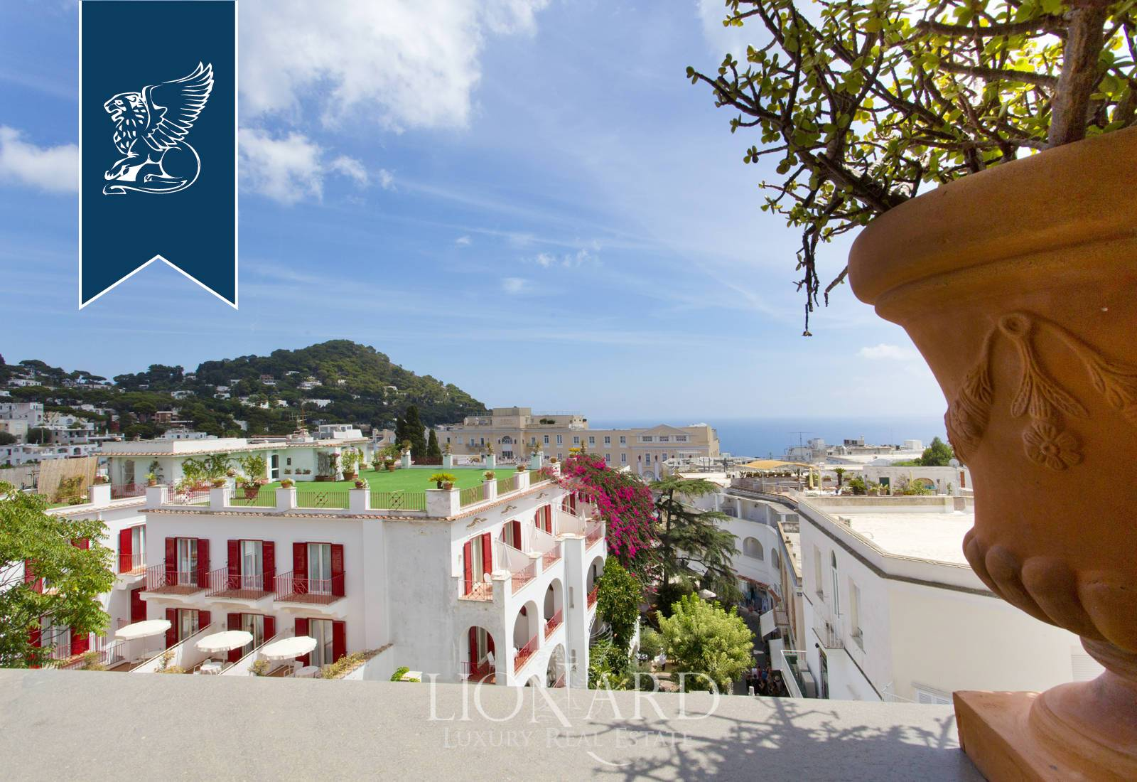 Appartamento in Vendita a Capri: 0 locali, 220 mq - Foto 2