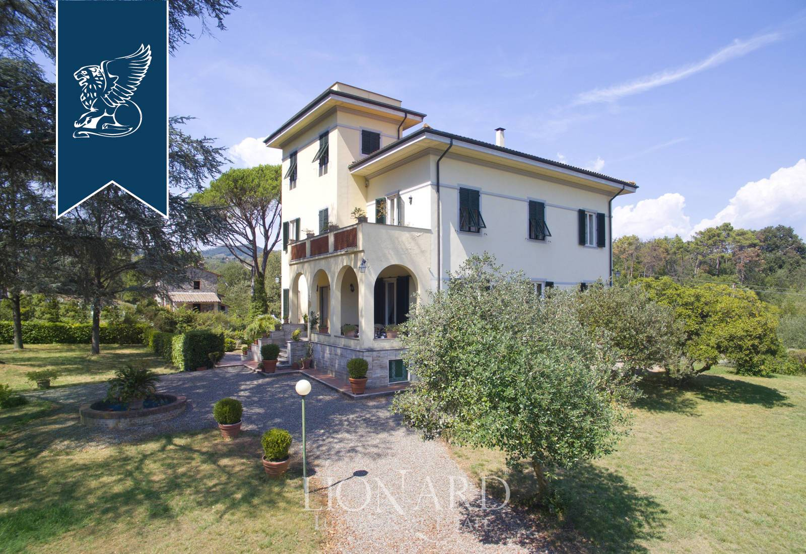 Villa in Vendita a Lucca: 0 locali, 600 mq - Foto 1