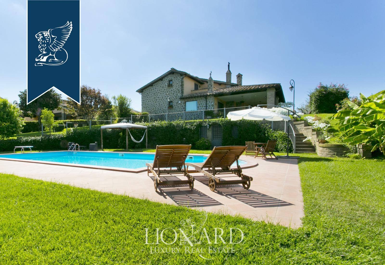 Villa in Vendita a Bracciano: 600 mq