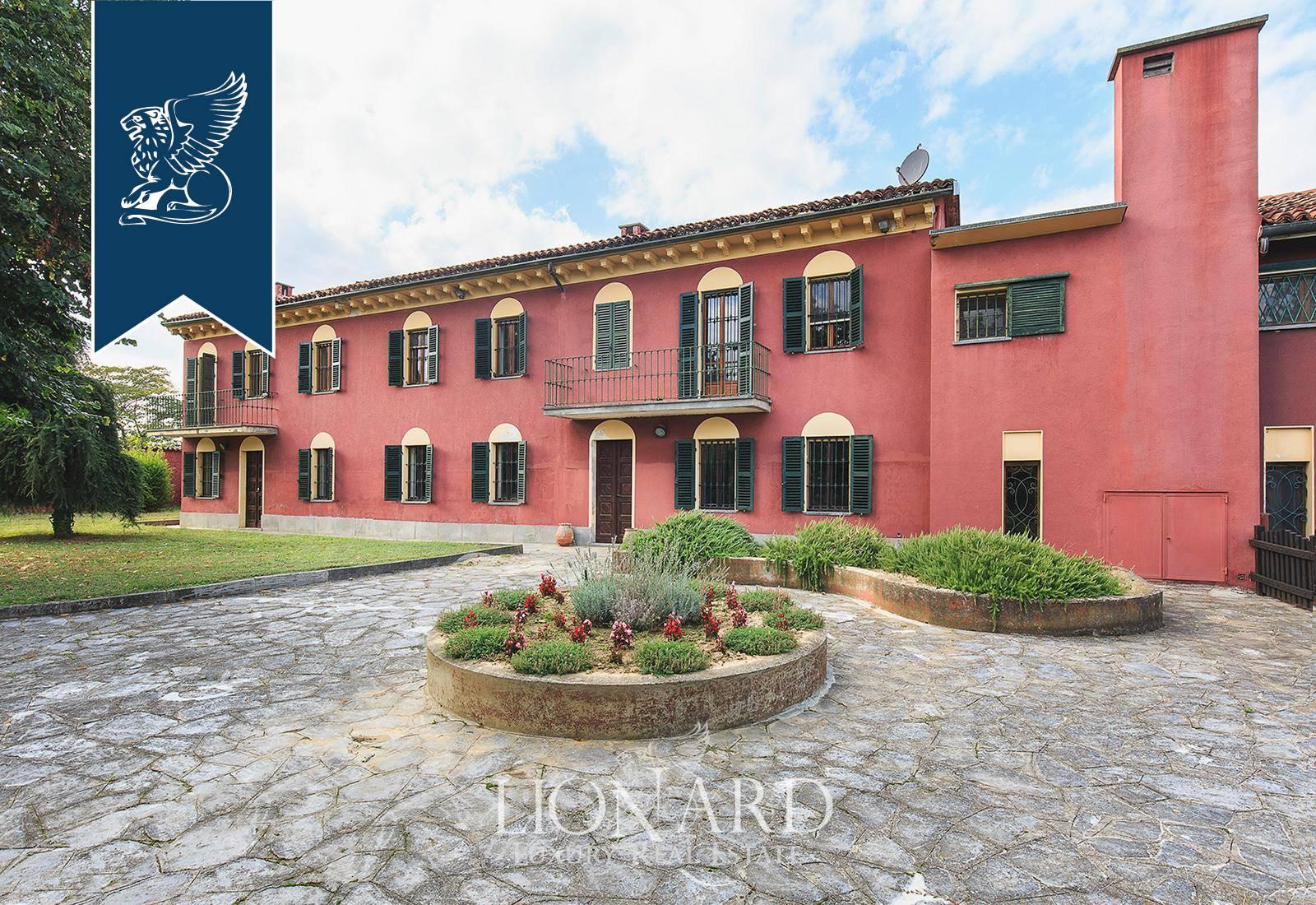 Azienda in Vendita a Fubine: 2500 mq