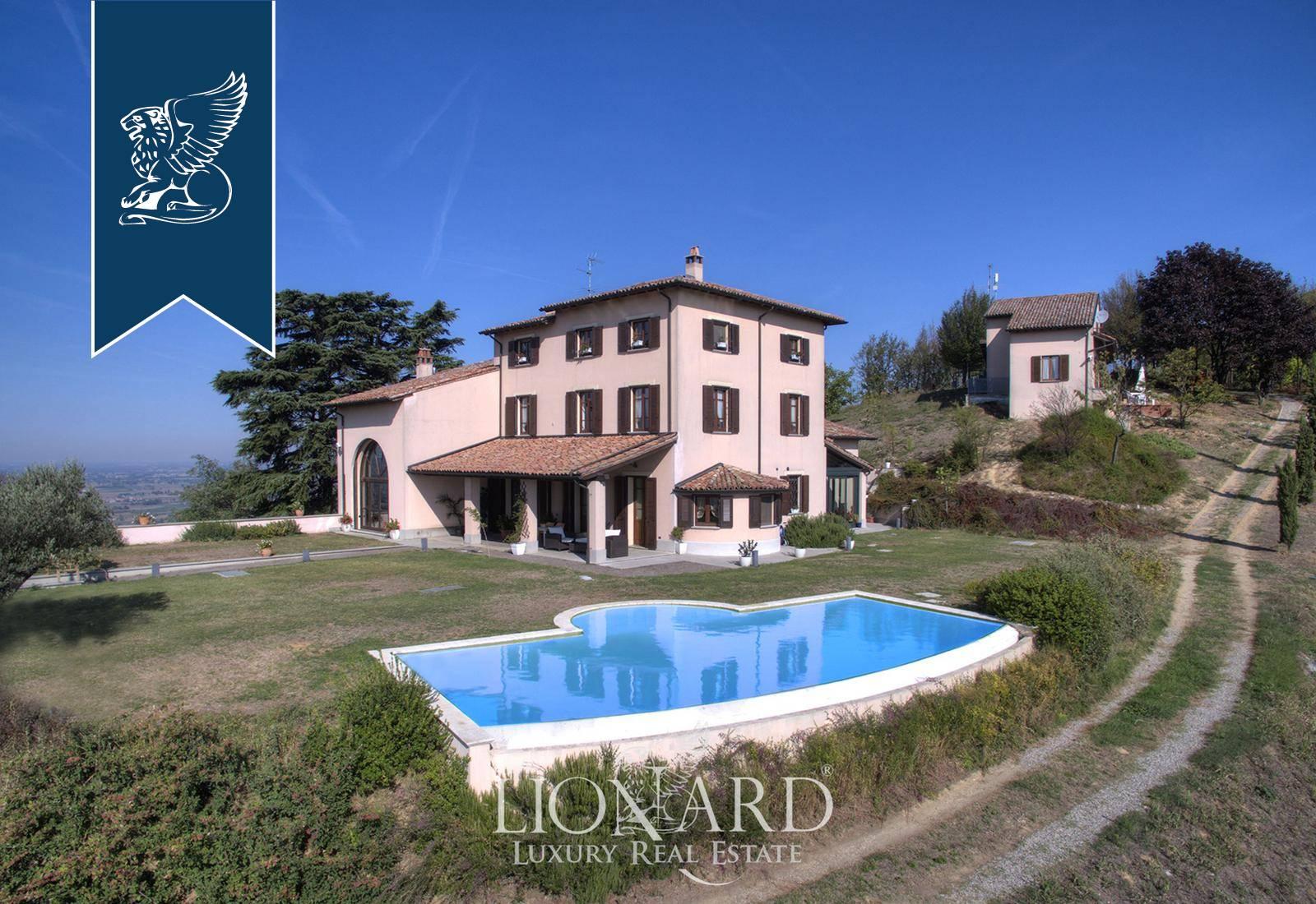 Villa in Vendita a Stradella: 0 locali, 700 mq - Foto 1