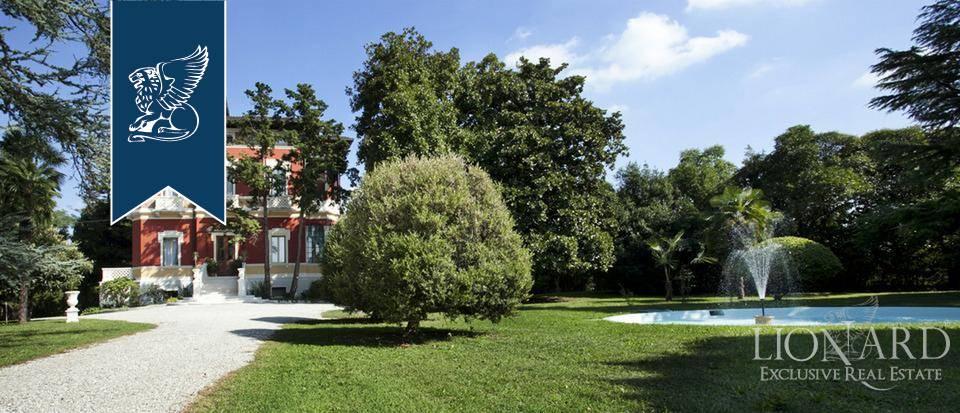 Villa in Vendita a Pordenone