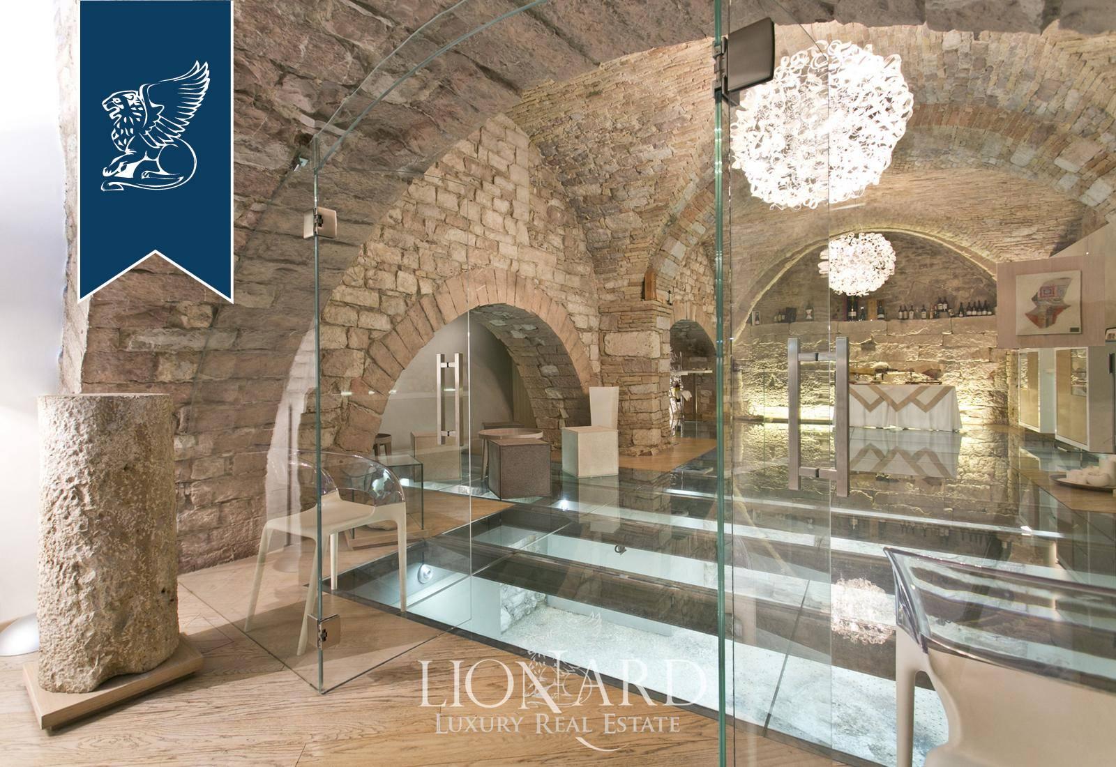 Palazzo in Vendita a Assisi: 0 locali, 1000 mq - Foto 3
