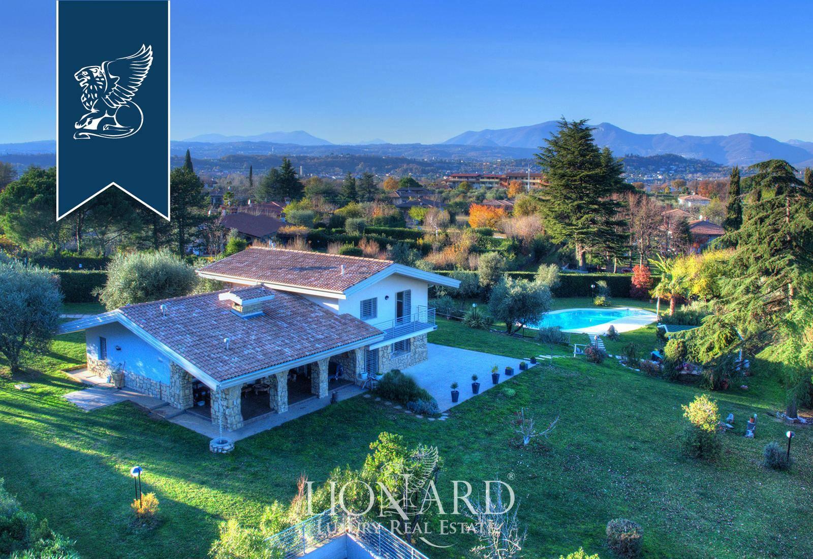 Villa in Vendita a Manerba Del Garda: 0 locali, 300 mq - Foto 2