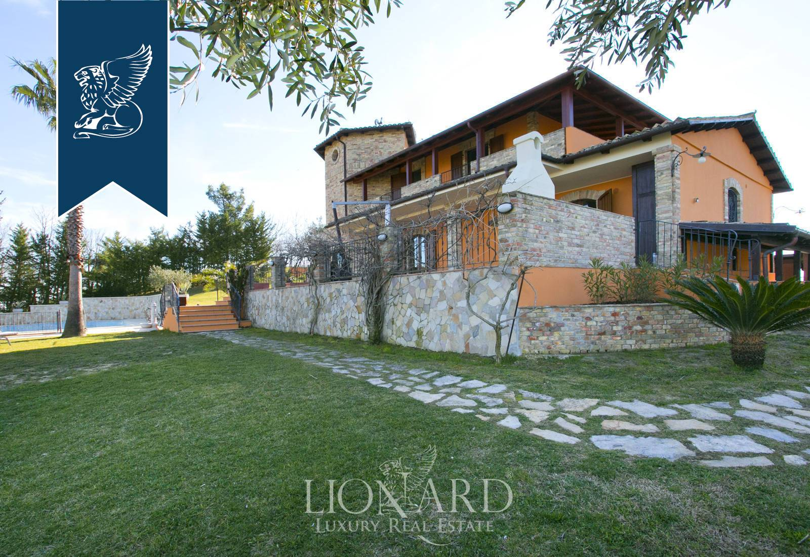 Villa in Vendita a Teramo: 0 locali, 300 mq - Foto 2