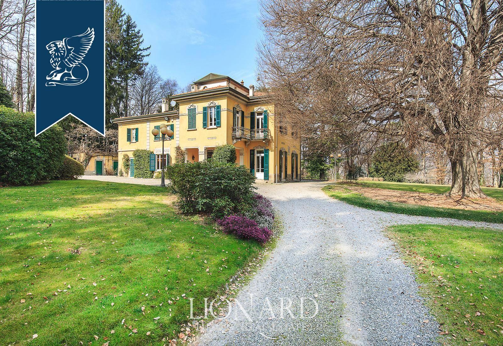 Villa in Vendita a Grandate: 500 mq  - Foto 1
