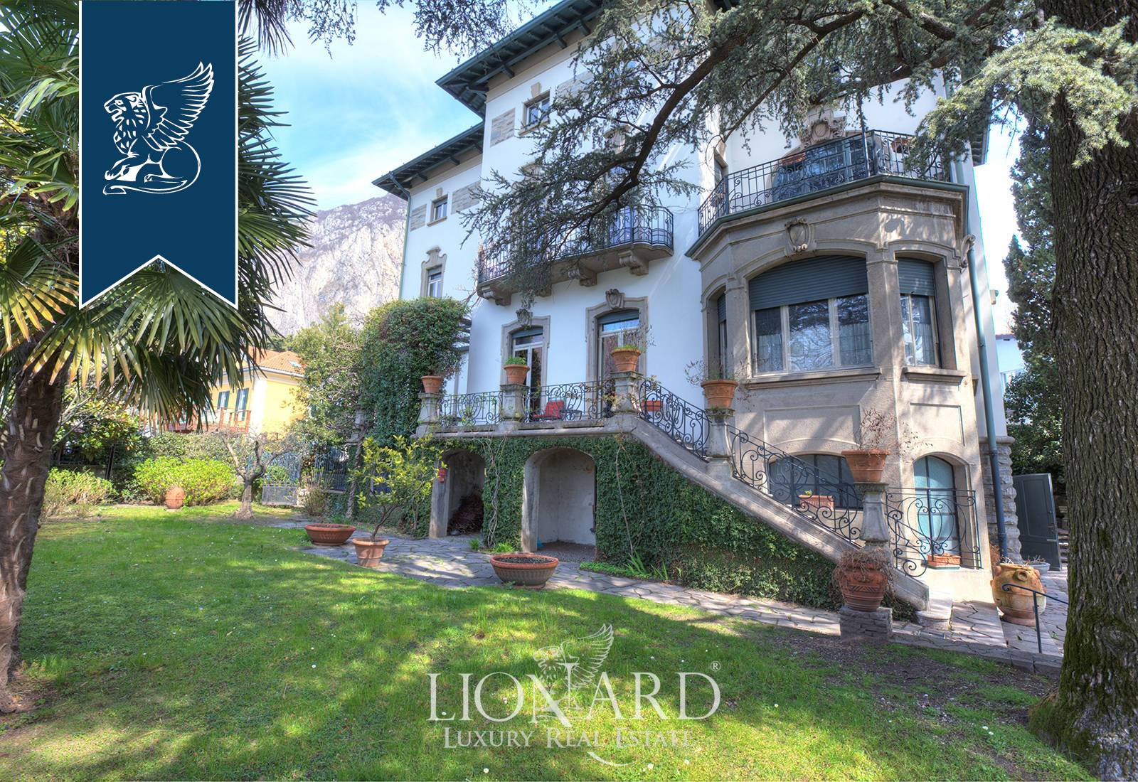 Villa in Vendita a Lecco: 1200 mq