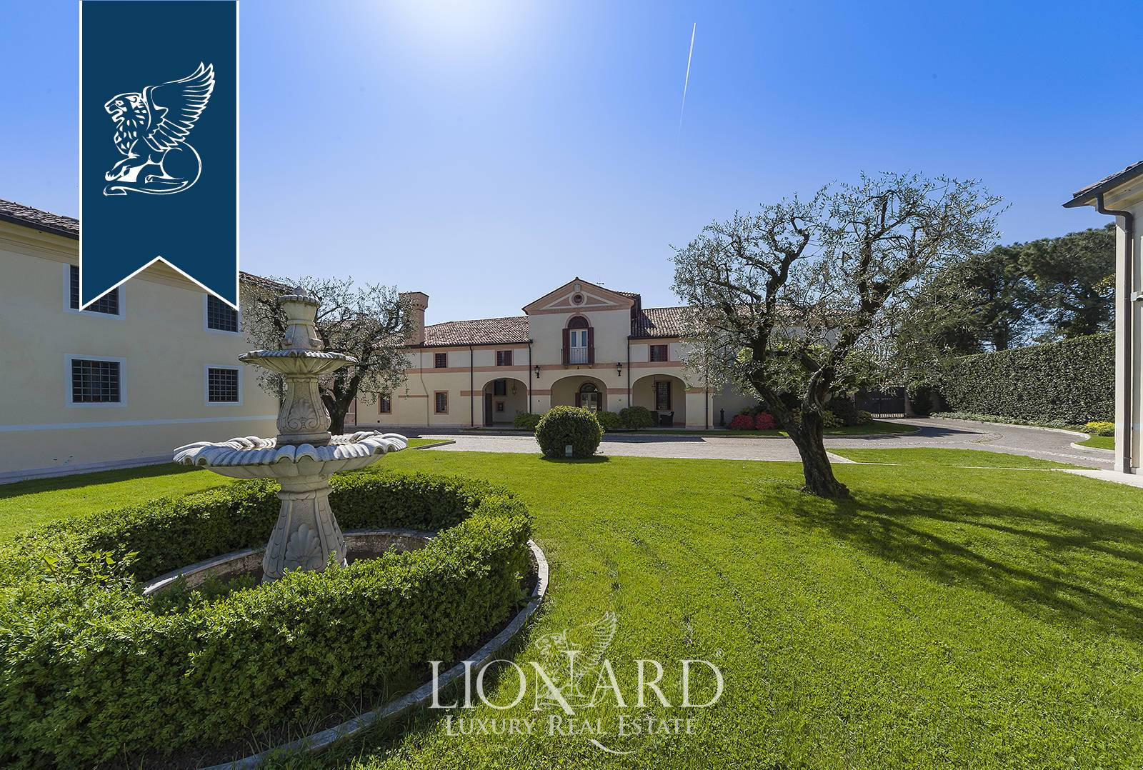 Villa in Vendita a Rosa': 0 locali, 1500 mq - Foto 2