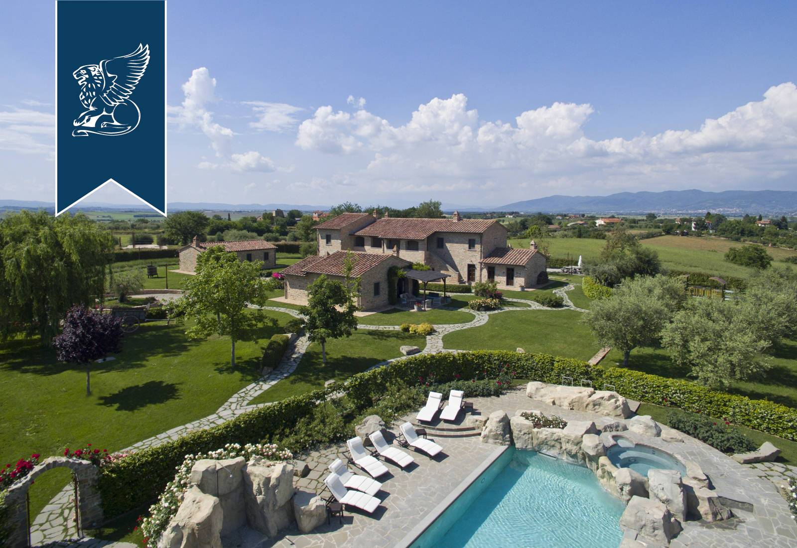 Villa in Vendita a Cortona: 0 locali, 700 mq - Foto 6