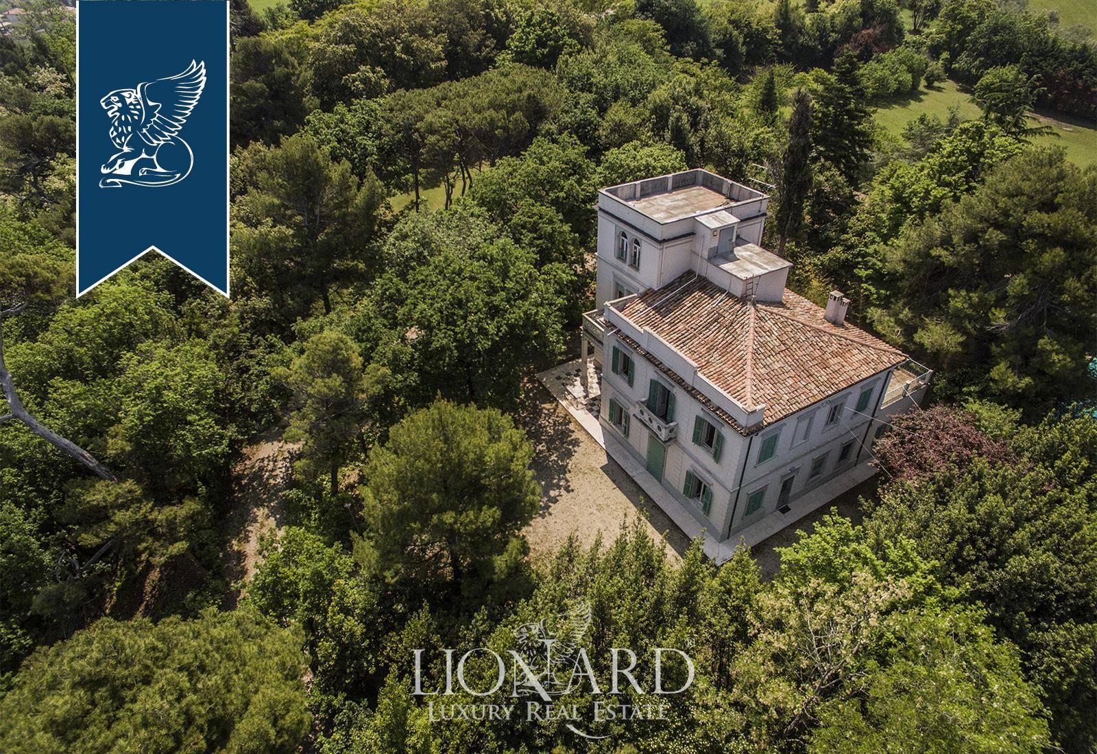 Villa in Vendita a Fano: 0 locali, 450 mq - Foto 2