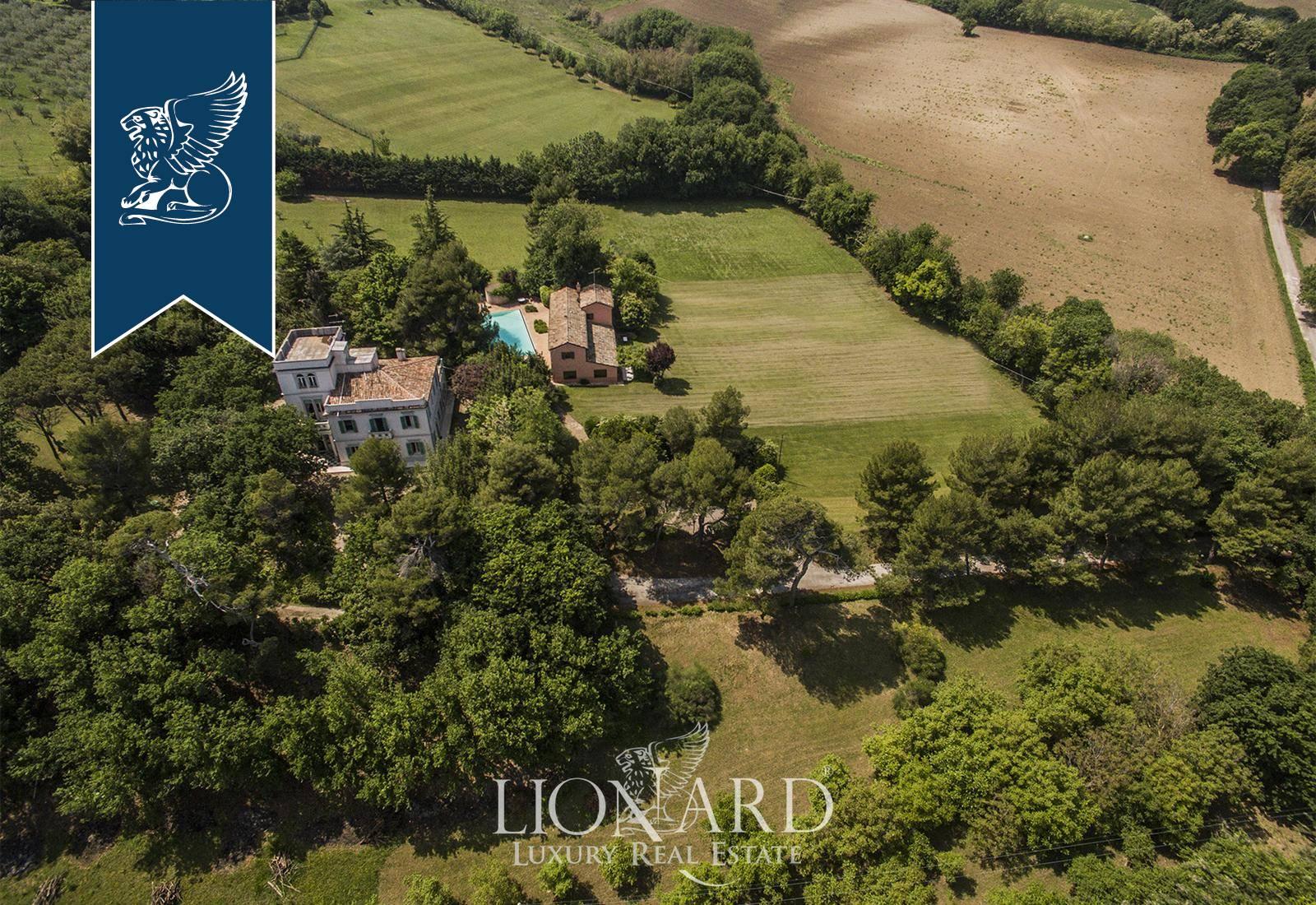 Villa in Vendita a Fano: 0 locali, 450 mq - Foto 5