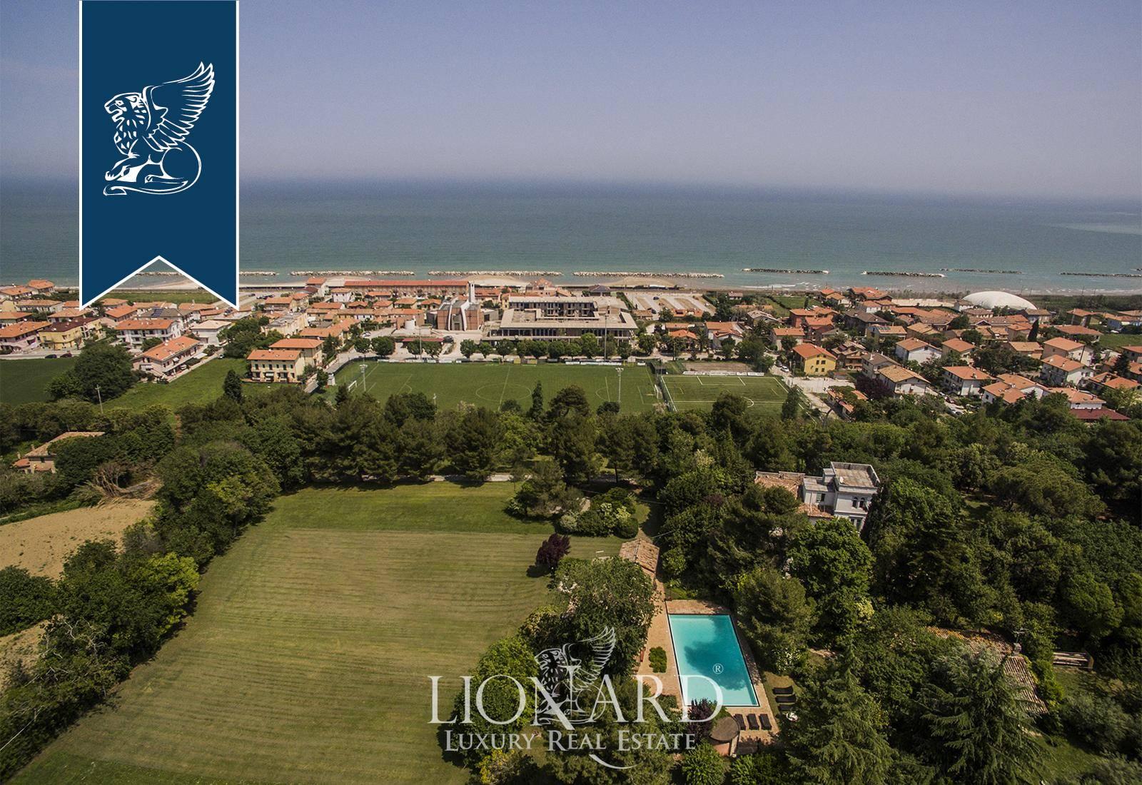 Villa in Vendita a Fano: 0 locali, 450 mq - Foto 3