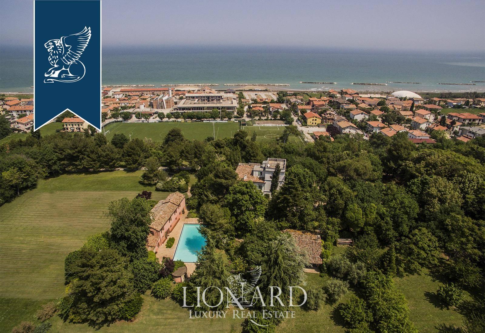 Villa in Vendita a Fano: 0 locali, 350 mq - Foto 5