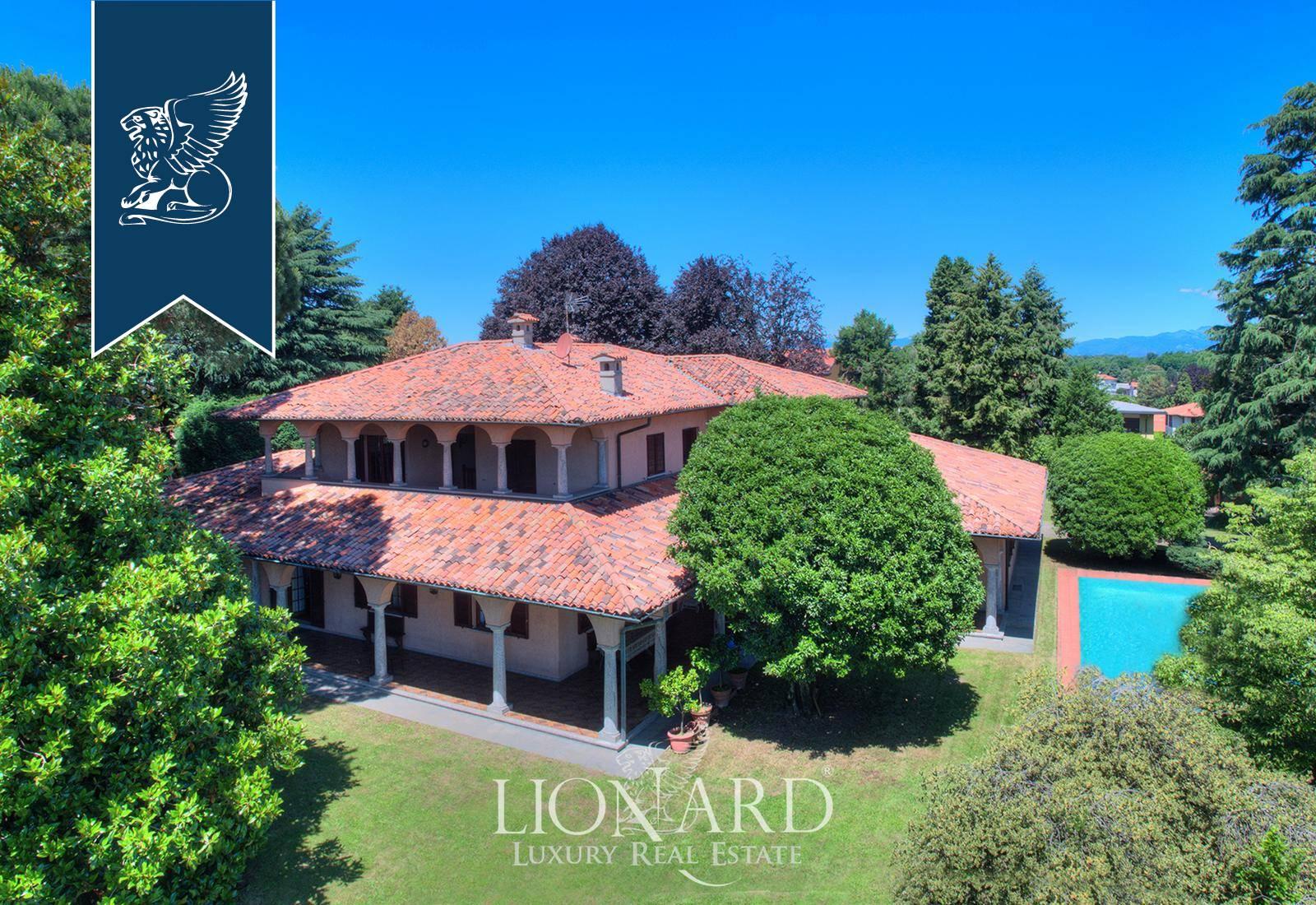 Villa in Vendita a Cermenate: 8400 mq