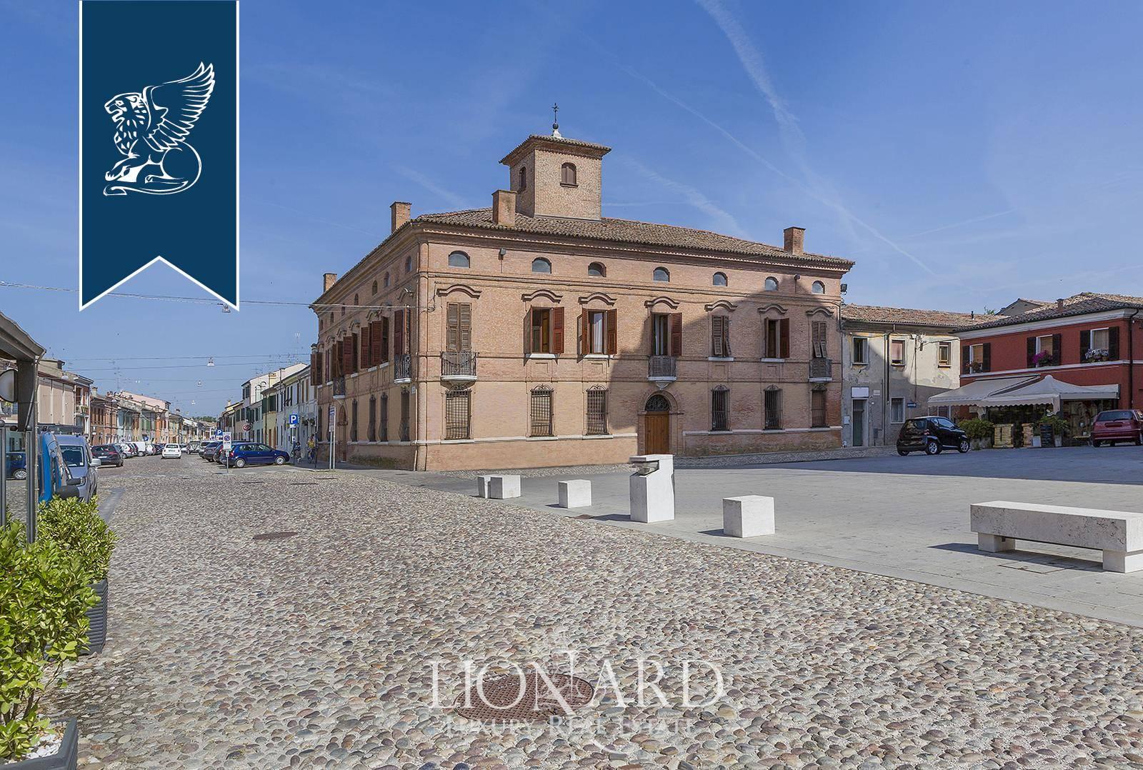 Palazzo in Vendita a Comacchio: 0 locali, 1500 mq - Foto 2