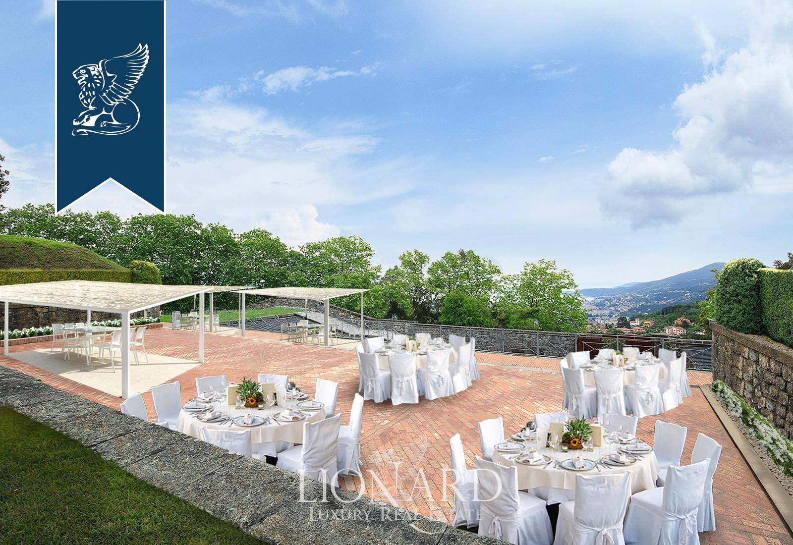 Villa in Vendita a La Spezia: 300 mq