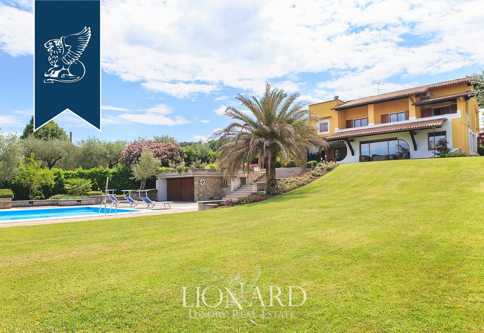 Villa in Vendita a Padenghe Sul Garda: 0 locali, 800 mq - Foto 1
