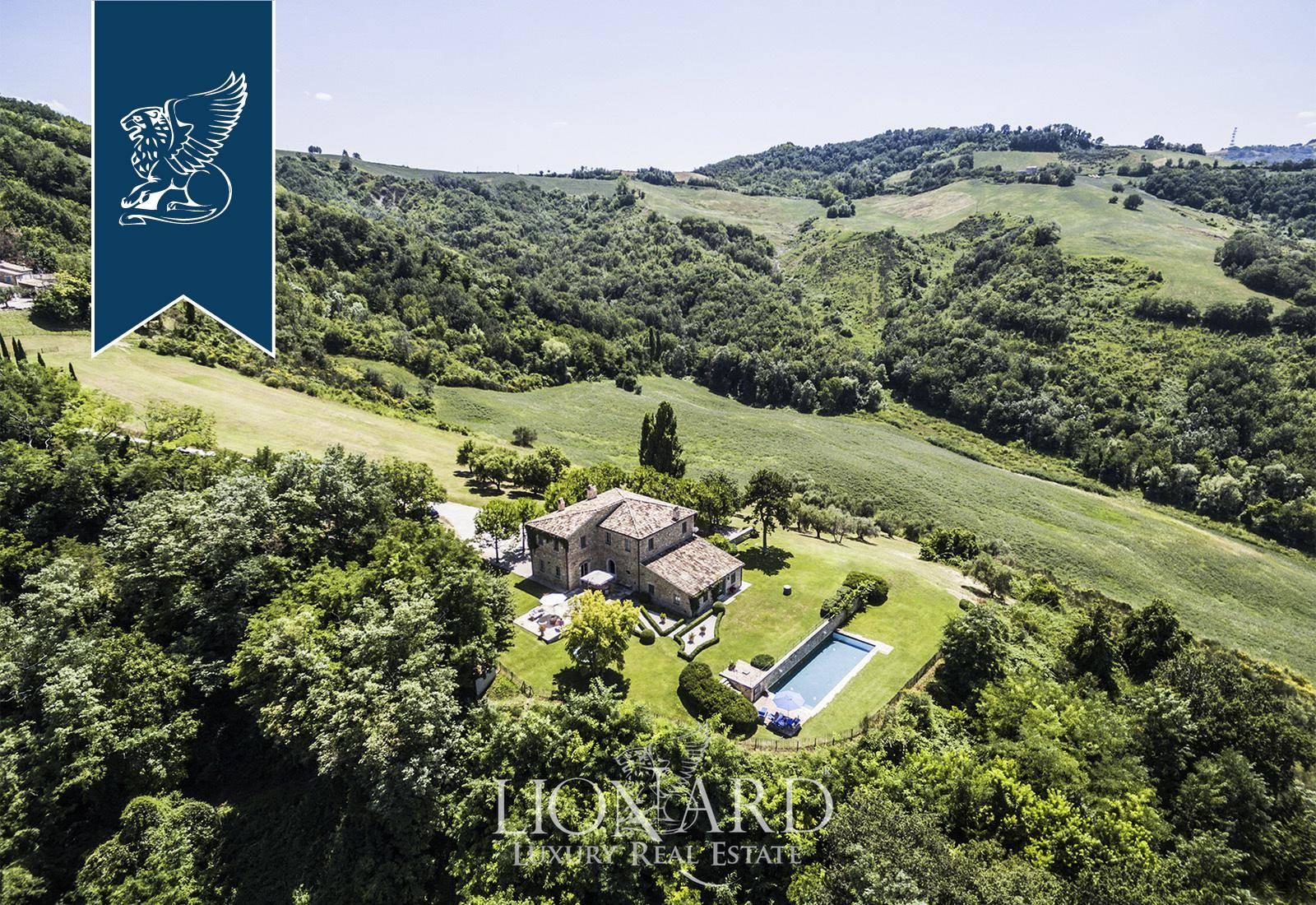 Villa in Vendita a Mombaroccio: 0 locali, 400 mq - Foto 2