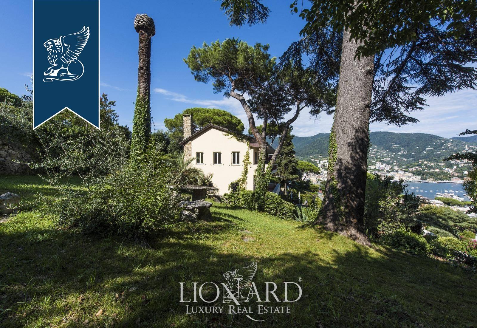 Villa in Vendita a Rapallo
