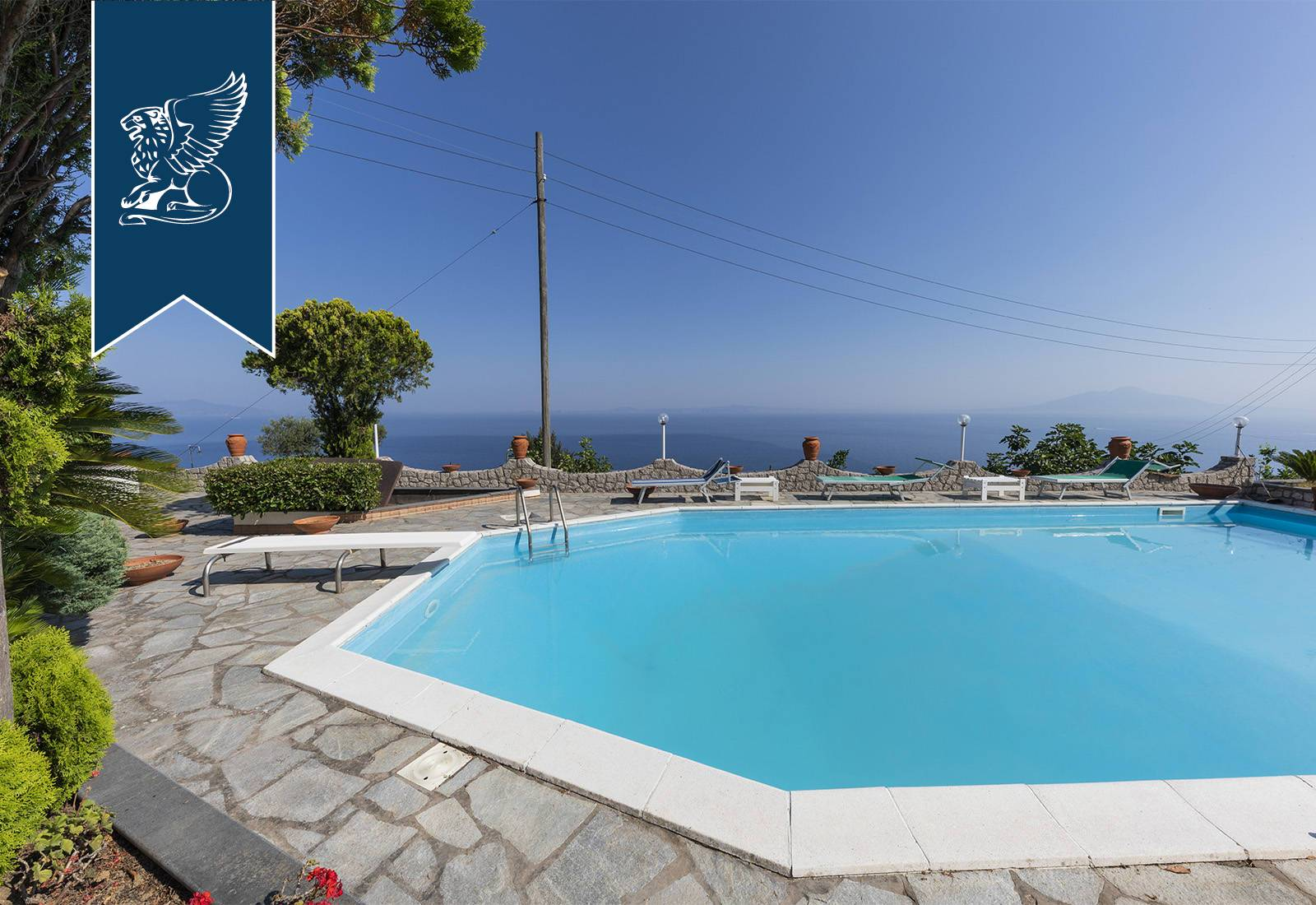 Villa in Vendita a Anacapri: 300 mq