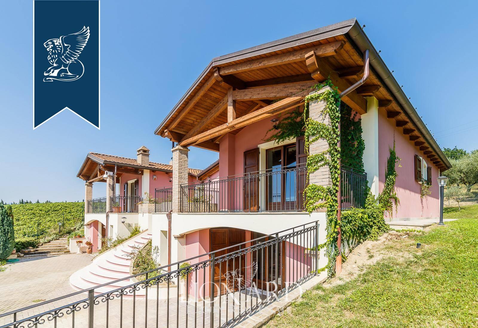 Azienda in Vendita a Pesaro: 0 locali, 600 mq - Foto 8