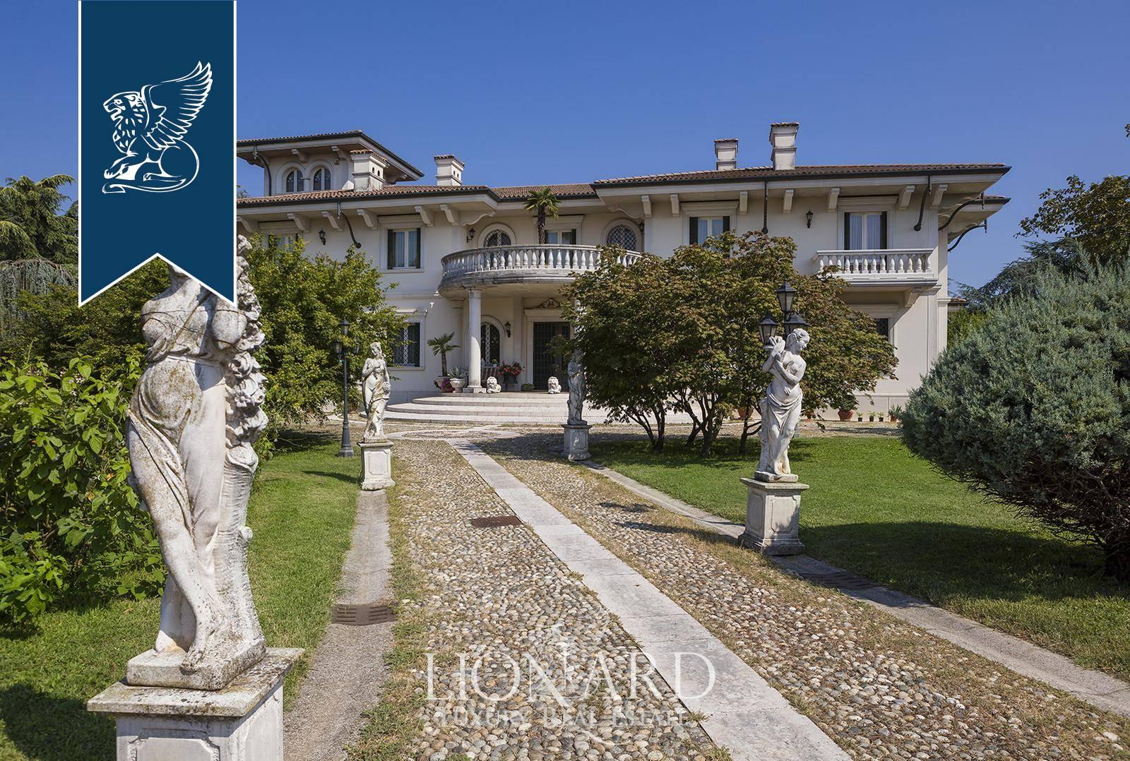 Villa in Vendita a Castrezzato: 1700 mq