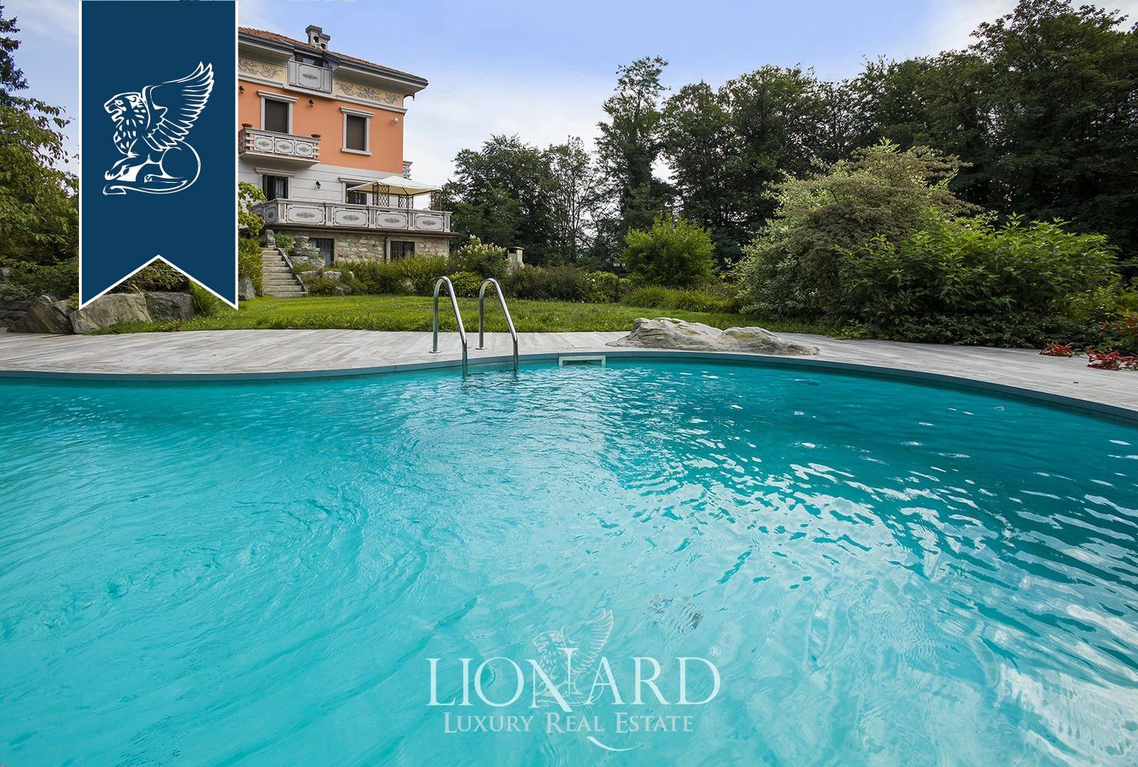 Villa in Vendita a Gignese: 600 mq  - Foto 1