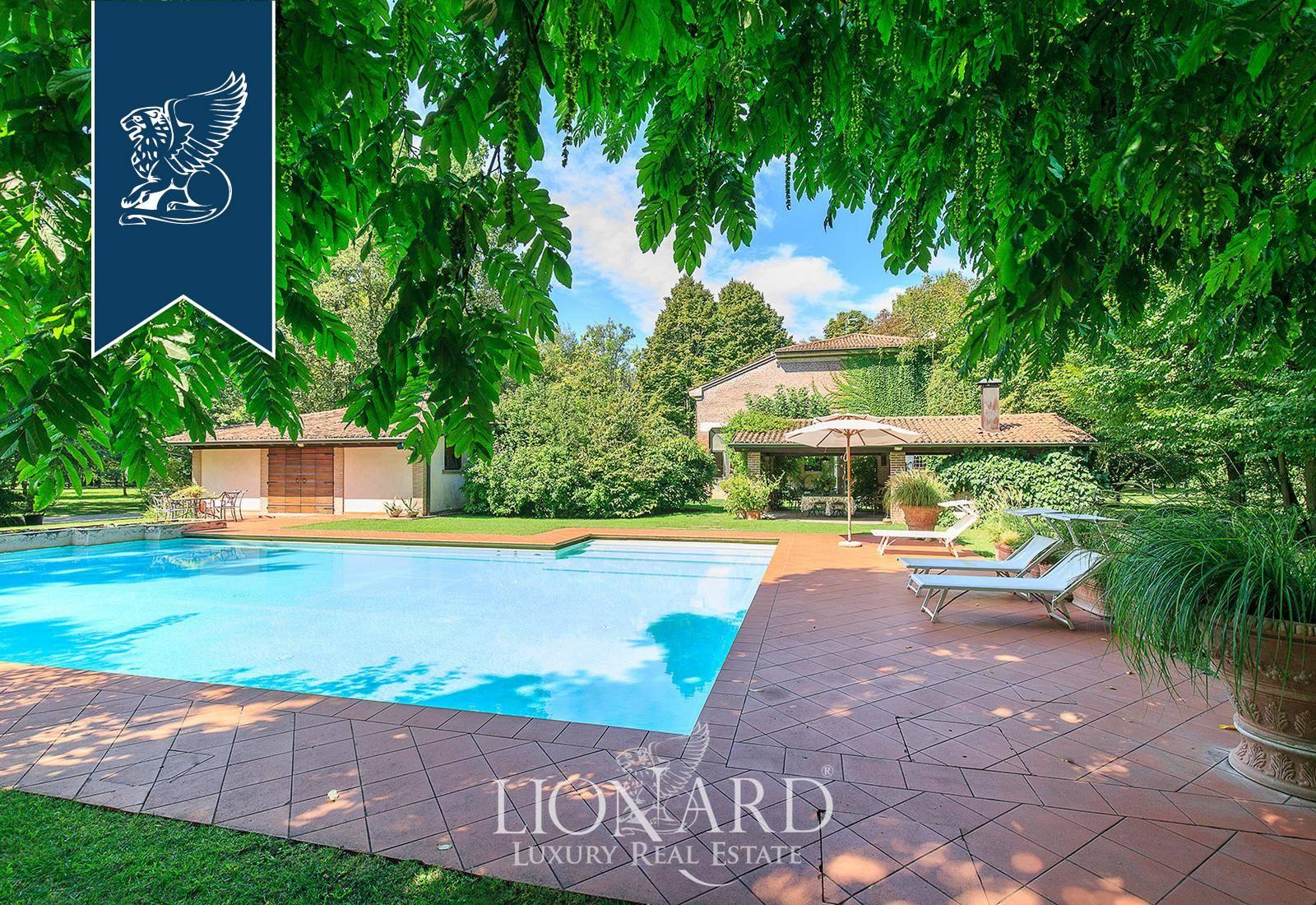Villa in Vendita a Roncoferraro: 0 locali, 600 mq - Foto 2