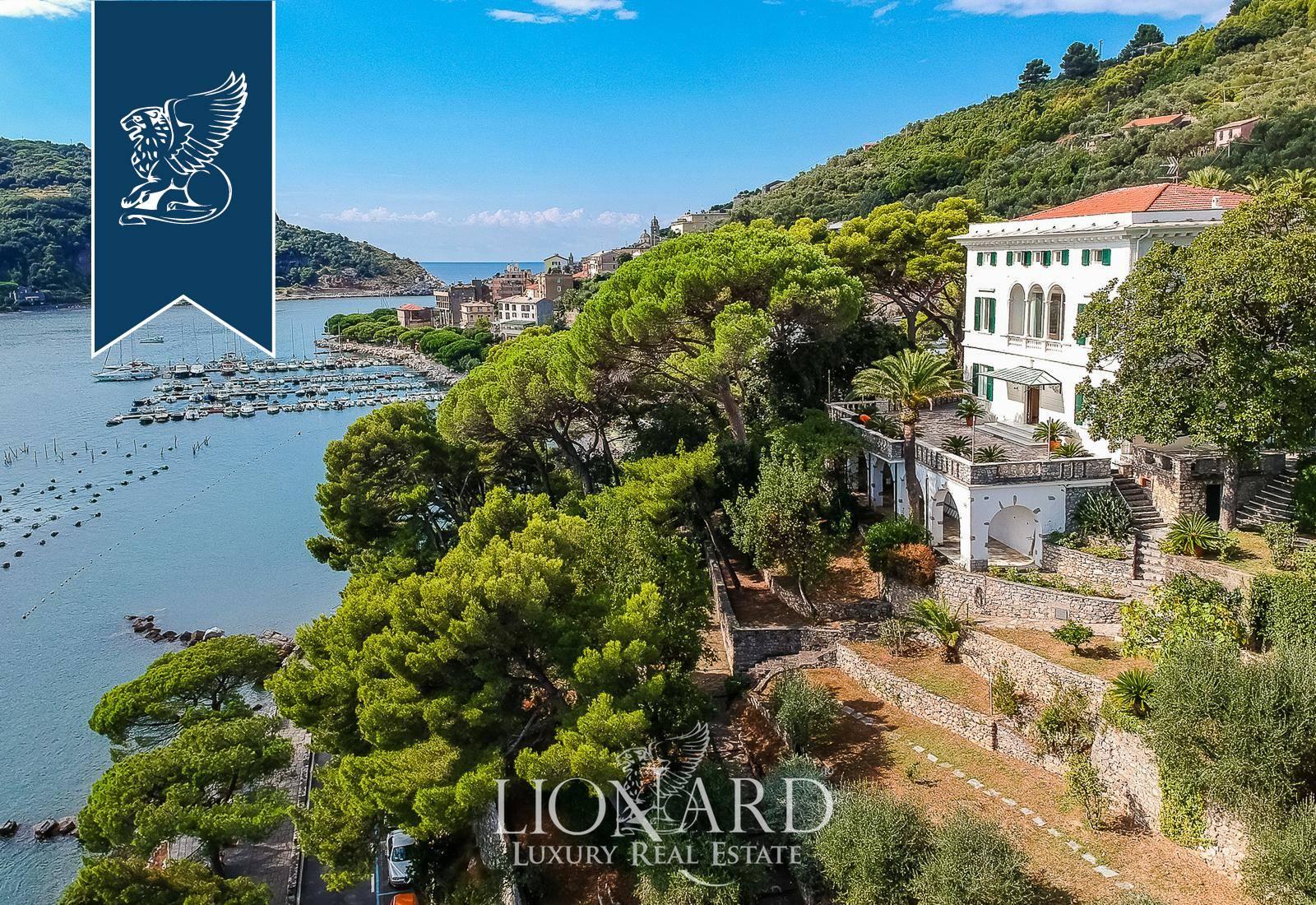 Villa in Vendita a Portovenere: 0 locali, 900 mq - Foto 1