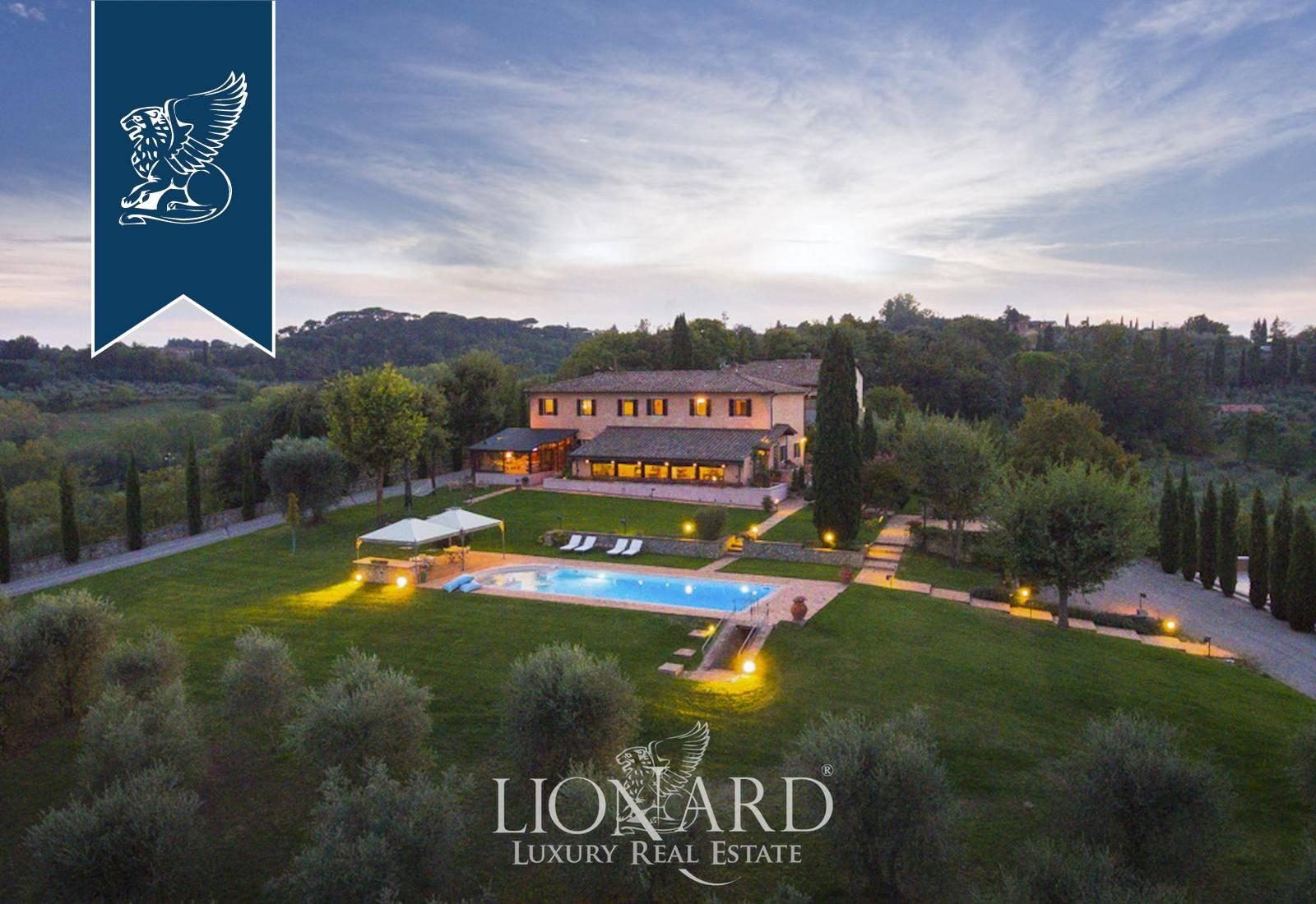 Villa in Vendita a Siena: 0 locali, 600 mq - Foto 2