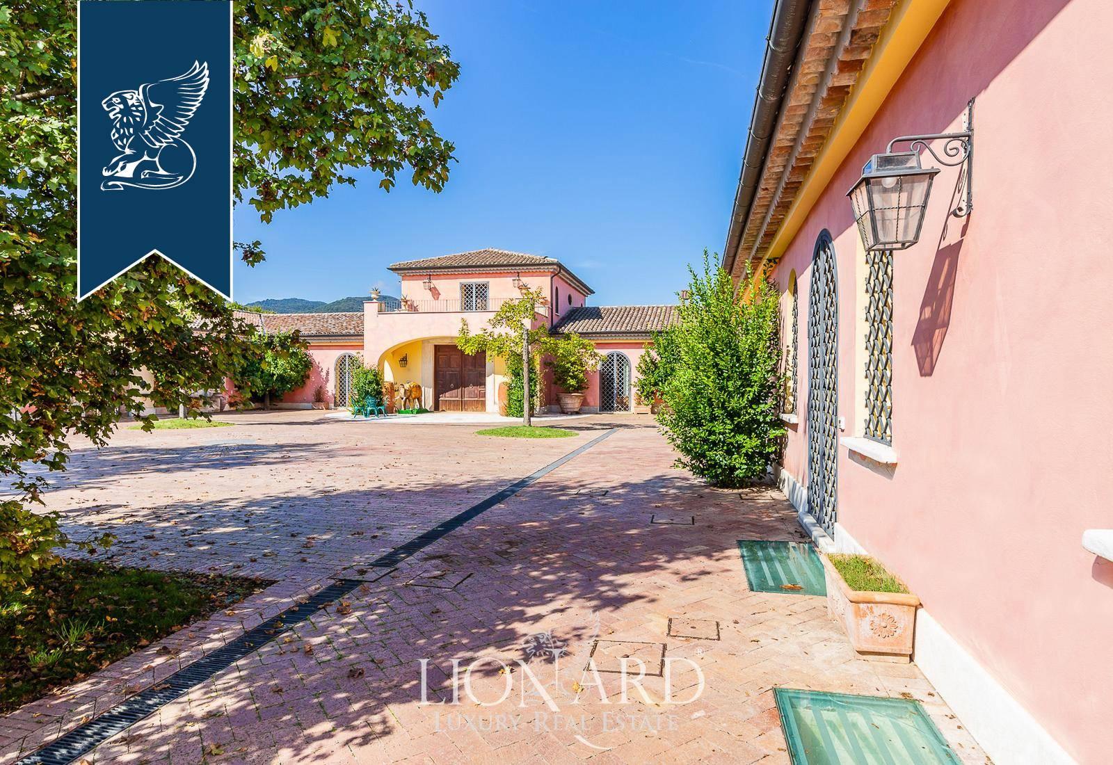 Villa in Vendita a Dragoni: 0 locali, 2300 mq - Foto 9