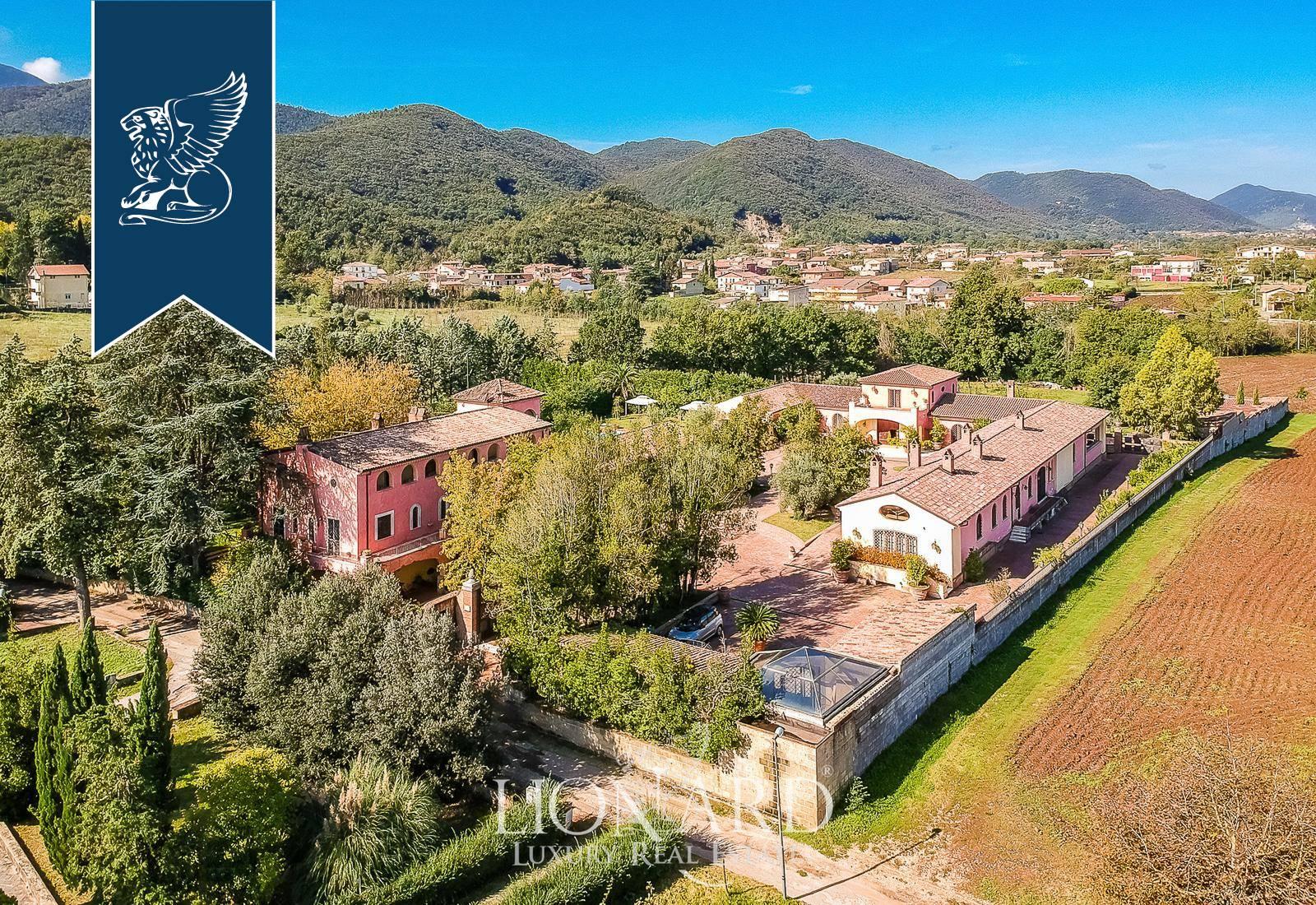 Villa in Vendita a Dragoni: 0 locali, 2300 mq - Foto 2