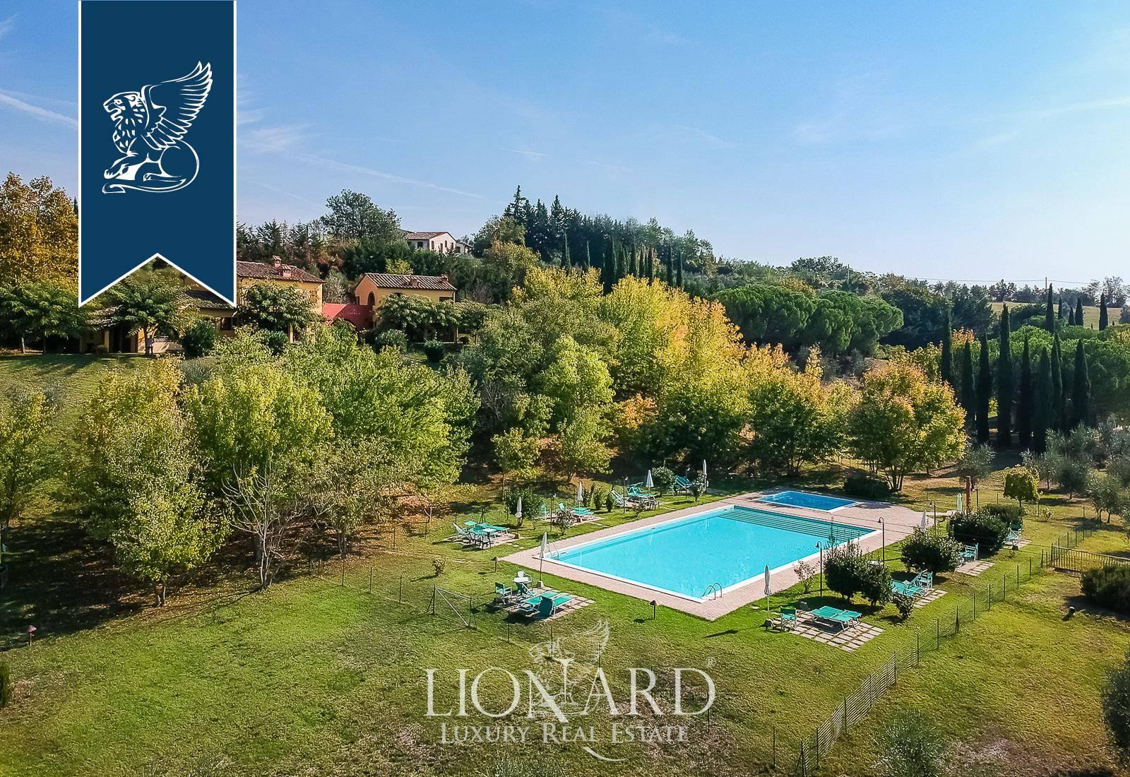 Azienda in Vendita a Montespertoli: 3000 mq