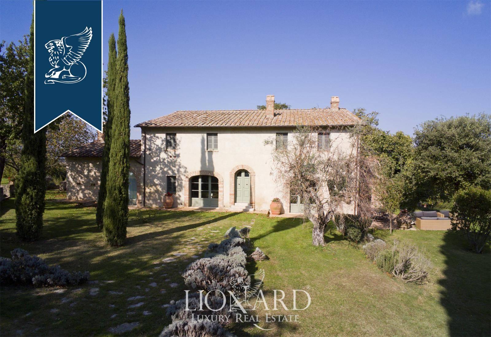 Villa in Vendita a Cetona: 0 locali, 1050 mq - Foto 2