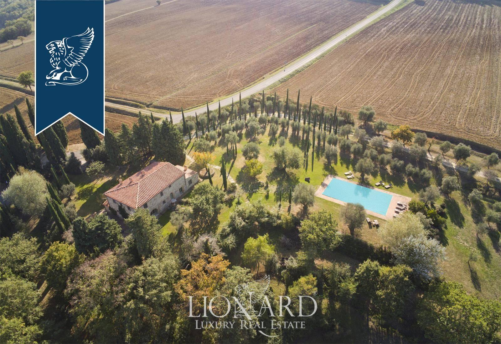 Villa in Vendita a Cetona
