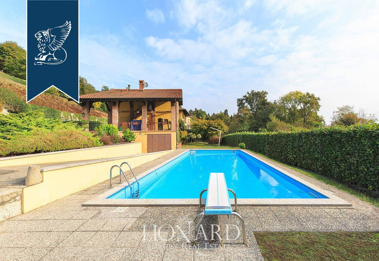 Villa in Vendita a Arona: 0 locali, 400 mq - Foto 2