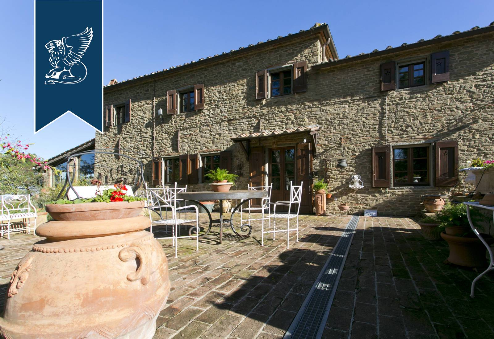 Villa in Vendita a Gaiole In Chianti: 0 locali, 485 mq - Foto 2