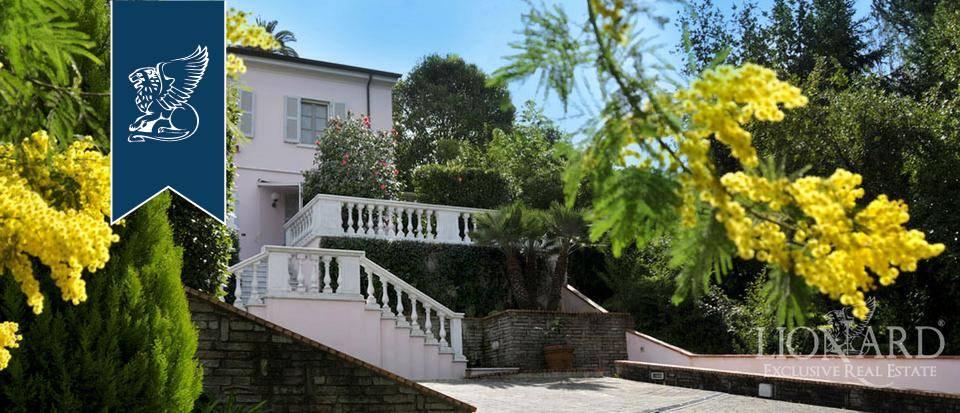 Villa in Vendita a Carrara: 0 locali, 300 mq - Foto 2