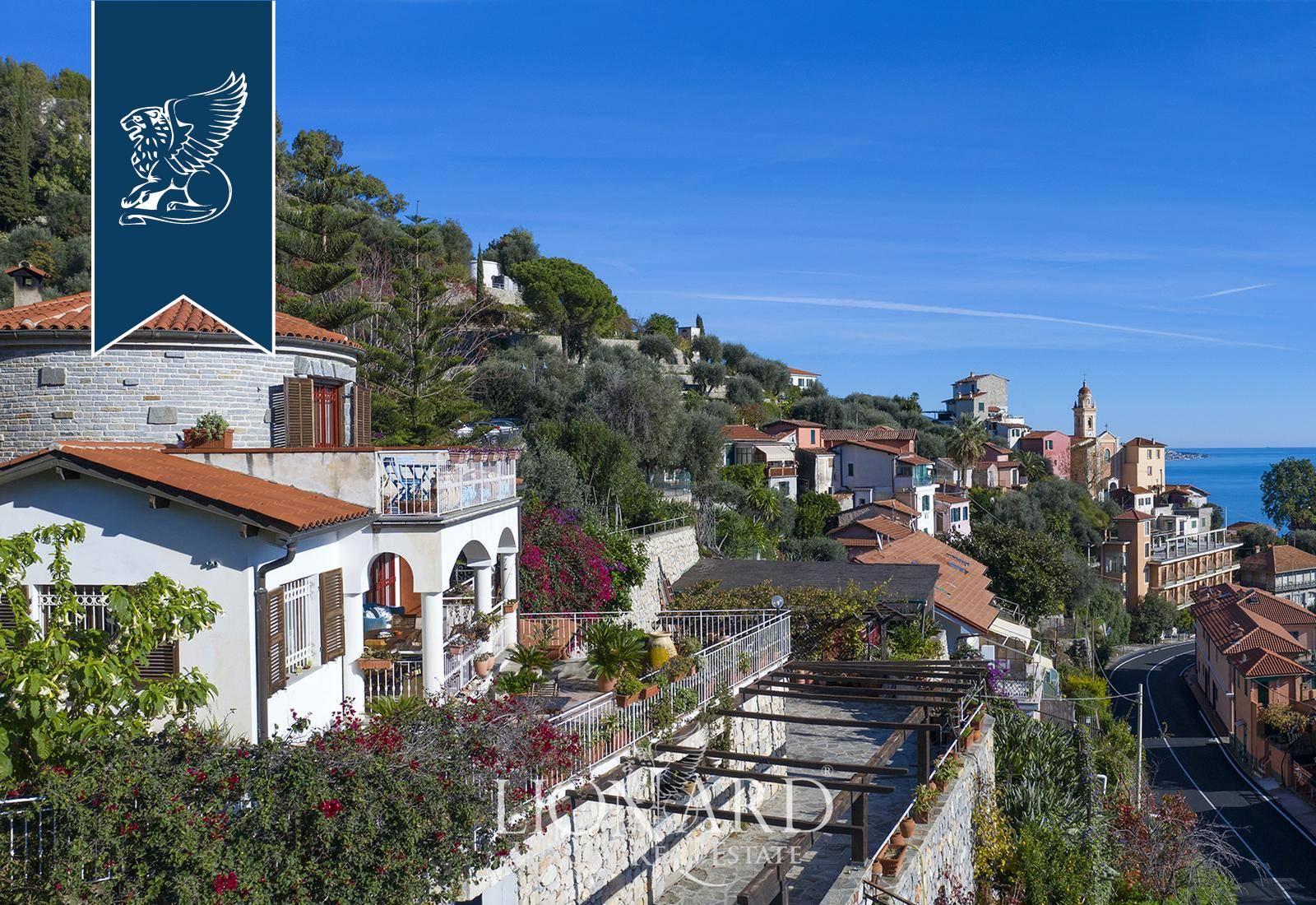 Villa in Vendita a Ventimiglia: 220 mq