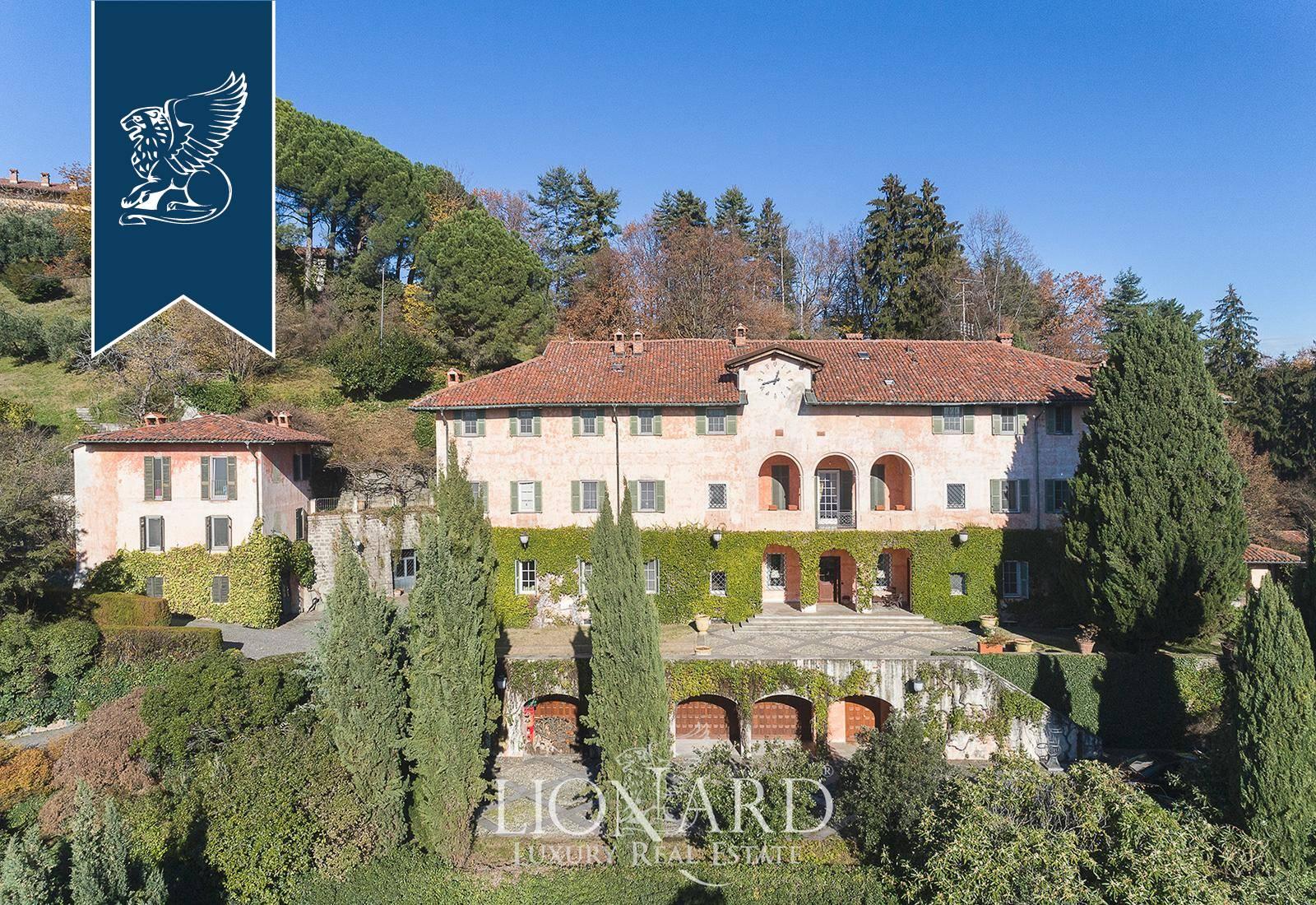 Villa in Vendita a Biella: 1800 mq  - Foto 1